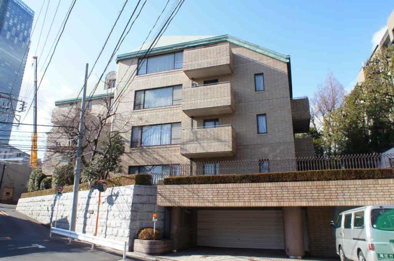 赤坂氷川町パークマンション 1F の外観写真