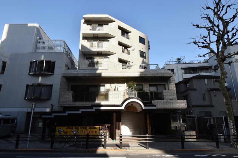 Exterior of Eclair Nogizaka 6F