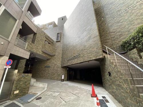 Exterior of Wisteria Motoazabu
