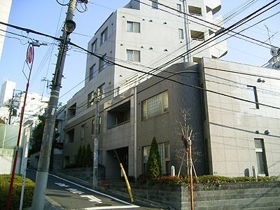 Exterior of Uni Royal Akasaka