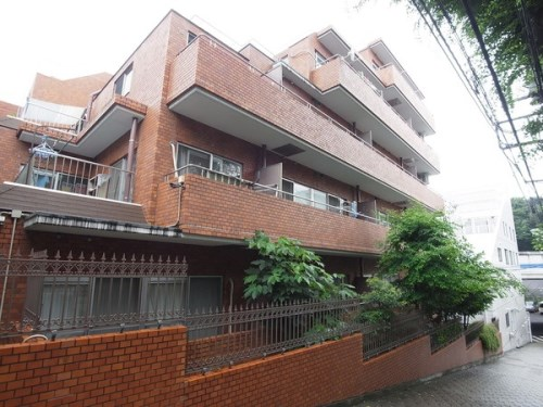 Exterior of Lionsmansion Hiroo 2