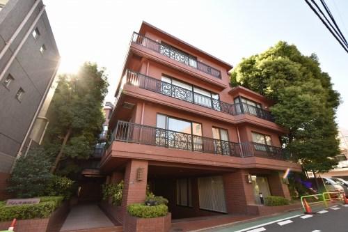 Exterior of Domus Minamiazabu West