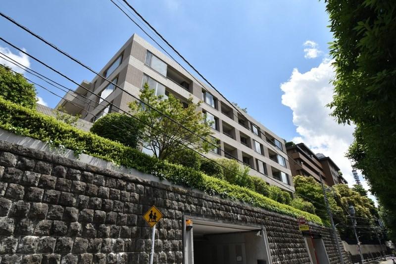 Exterior of Park Court Azabu Toriizaka