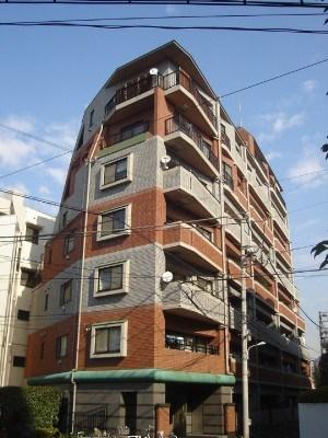 Exterior of J Park Jingumae