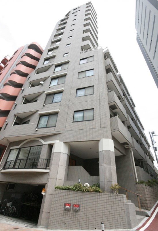 Exterior of ユニーブル新宿西