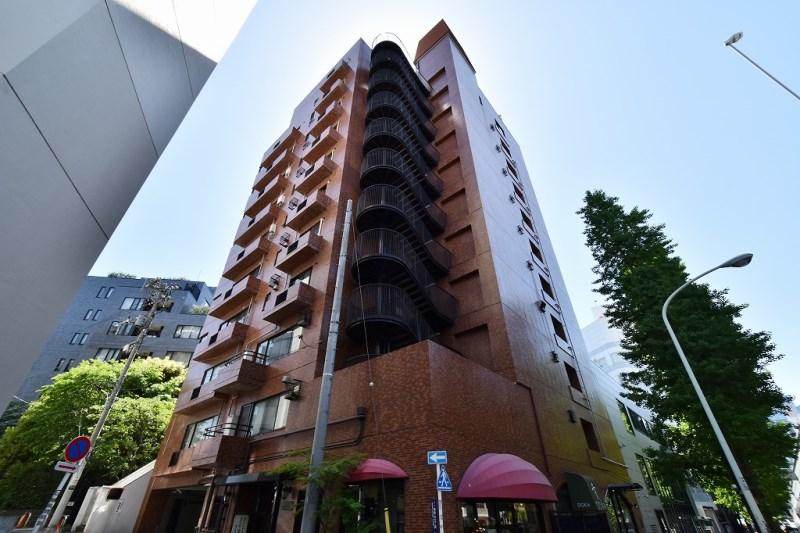 Exterior of Minamiaoyama Takagicho Heights