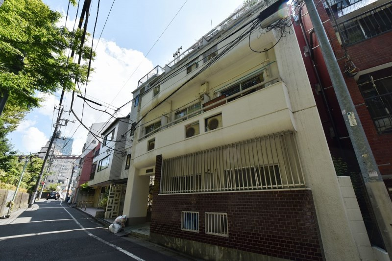 Exterior of ドルメン西麻布