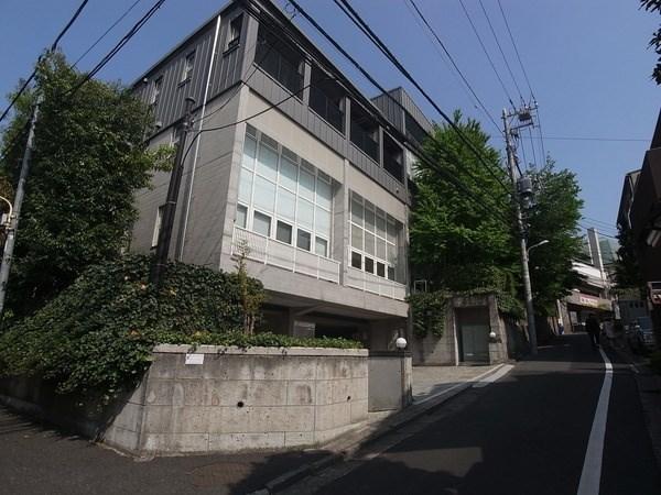 Exterior of グランドメゾン神宮前