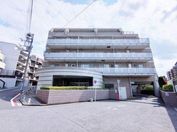 Exterior of J-Park Fudomae Sanban-kan