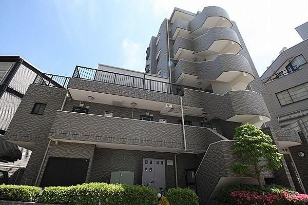 Exterior of メルシー学芸大学