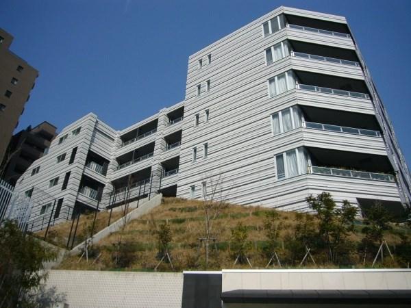 Exterior of City Index Mita Isaragozaka