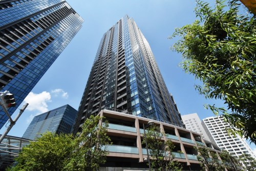 Exterior of Osaki West City Towers