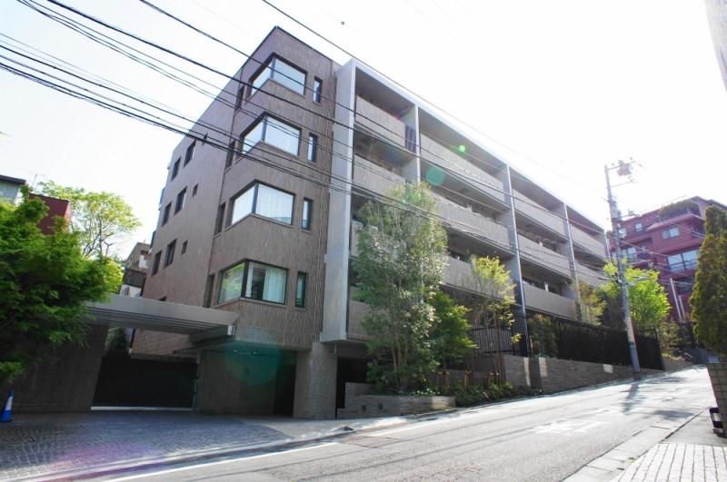Exterior of The Parkhouse Motoazabu