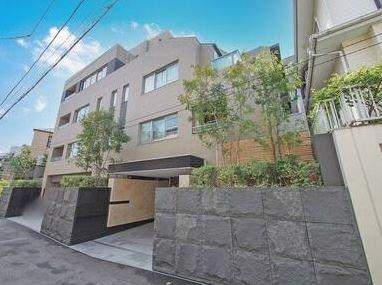 Exterior of Open Residencia 代々木 The House