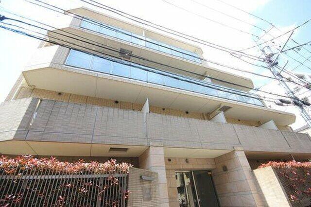 Exterior of Shirokane House