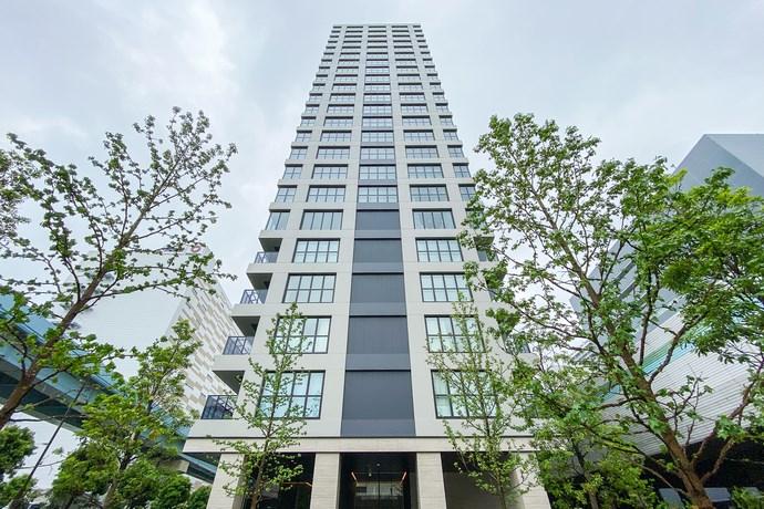 Exterior of Laurel Tower Runei Hamamatsucho