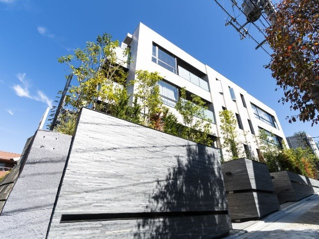 Exterior of Open Residencia Yoyogi-uehara