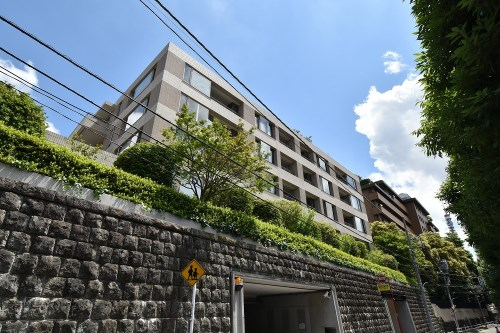 Exterior of Park Court Azabu Toriizaka 2F