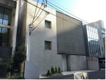 Exterior of Minamiaoyama 6-chome House