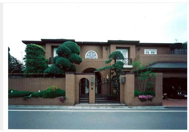 Exterior of Kugahara House
