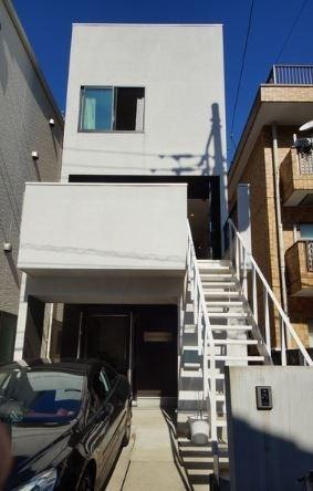 Exterior of House in Minami-aoyama, Tokyo