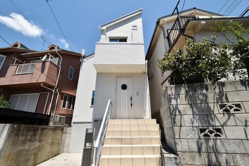 Exterior of Kugahara 4-chome House