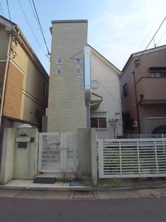 Exterior of Okusawa 7-chome House