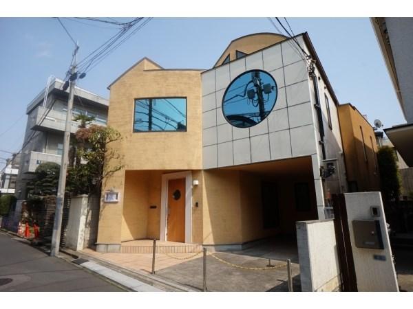 Exterior of Jingumae 4-chome House
