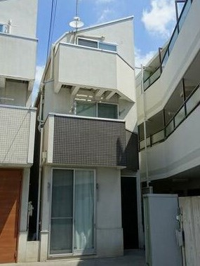 Exterior of Naka-magome 3-chome House