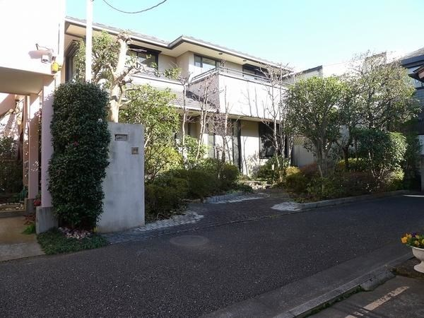 Exterior of 経堂2丁目戸建
