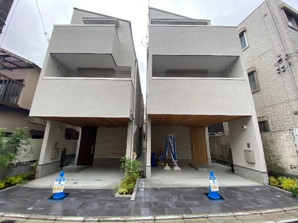 Exterior of Oi 2-chome House B