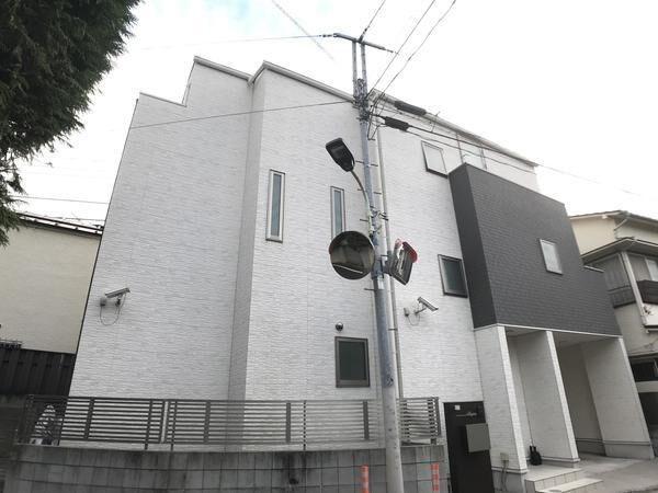 Exterior of Shirokanedai 2-chome House