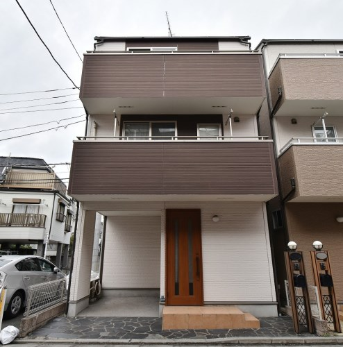 Exterior of Shimo 4-chome House